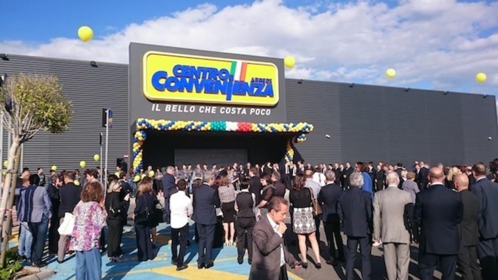 Affidato a larry smith italia il nuovo centro commerciale for Centro arredi convenienza